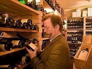 Weinauswahl im Alphotel