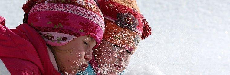 Winterurlaub mit Kindern | Alphotel Hirschegg