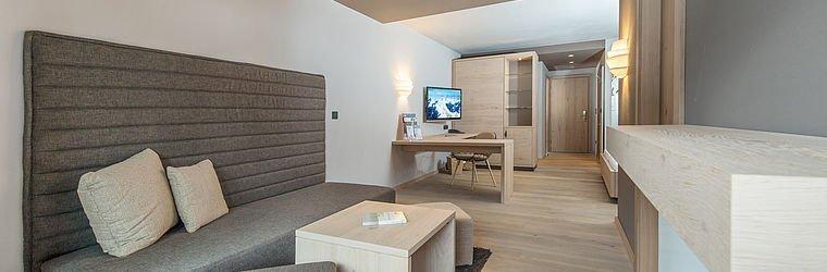 Moderne Zimmer im Familienhotel | Alphotel Hirschegg