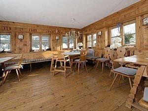 Gemütliche Bauernstube im Alphotel | Kleinwalsertal