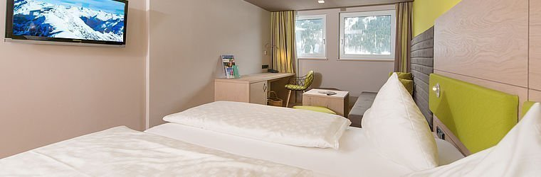 Doppelbett im Alphotel