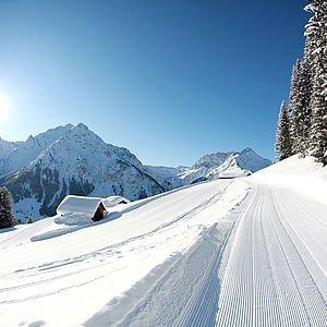 Winterwandern im Kleinwalsertal | Oberer Höhenweg